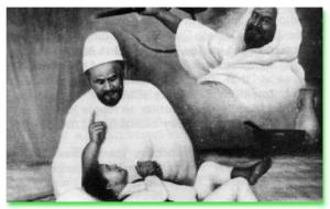 Dongengan sebelum bobo buat Muammar dari ayahnya tentang kekejaman kolonial Itali yang bertahun-tahun menjajah Libya.